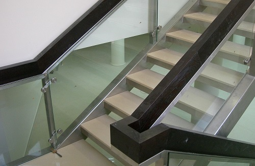 Външни<br>метални стълби